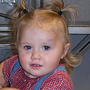 Reality Star Johannah Duggar - age: 11
