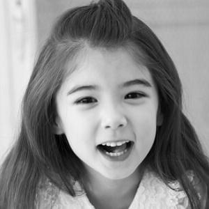 TV Actress Lauren Lunde - age: 12