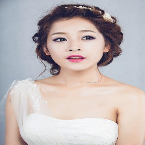 Model Chi Pu - age: 24