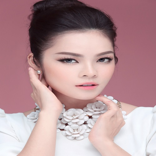 Actress Duong Cam Lynh - age: 38