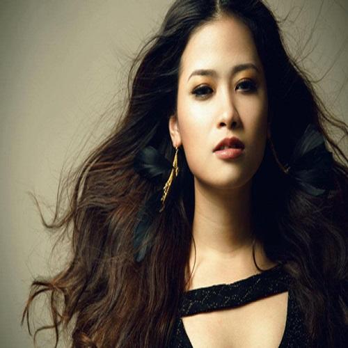 Singer Duong Hoang Yen - age: 29