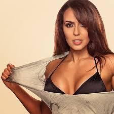 Wrestler Layla El - age: 43