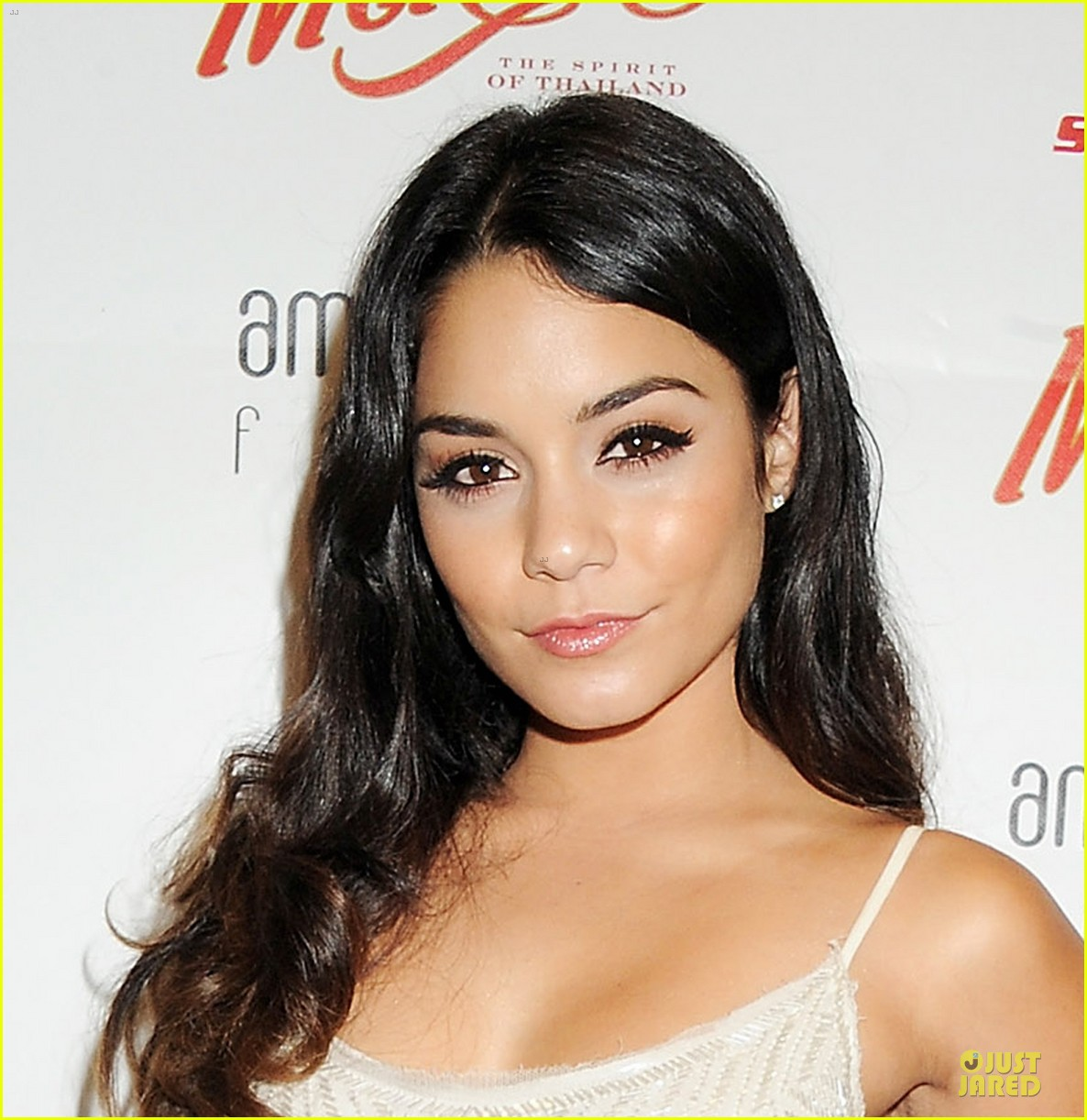 Actress Vanessa Hudgens - age: 28