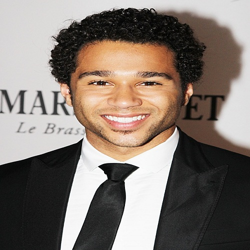 Actor Corbin Bleu   - age: 29