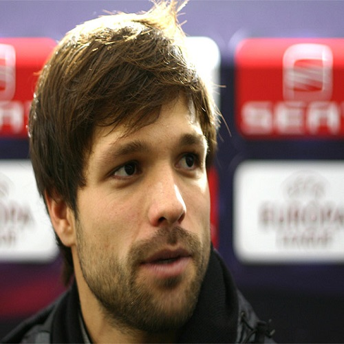 Football player Diego - age: 36