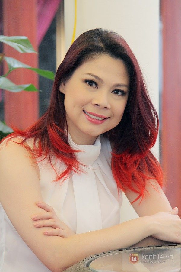 Singer Thanh Thao - age: 43