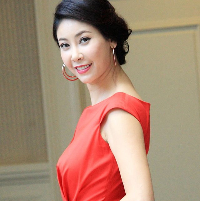 Model Ha Kieu Anh - age: 44
