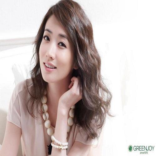 Actress Choi Jung-won - age: 36