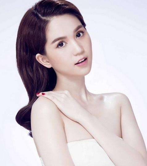 Model Ngoc Trinh - age: 31