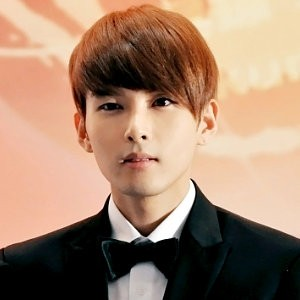 Singer Ryeowook - age: 33