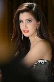 Actress Praya Lundberg - age: 31