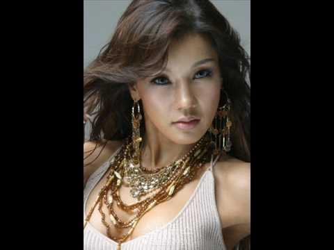 Singer Shim Mina - age: 44