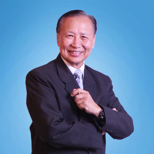 Physician Krasae Chanawongse - age: 86