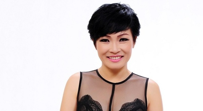 Singer Phuong Thanh - age: 47