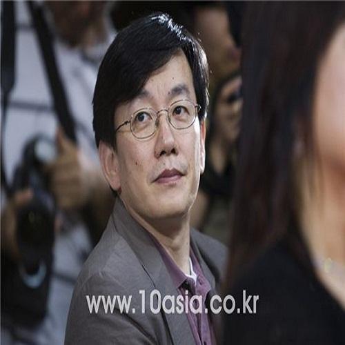 Announcer Son Seokhee - age: 61