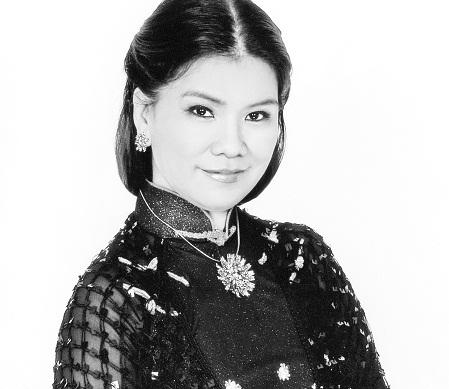 Singer Thanh Hoa - age: 70