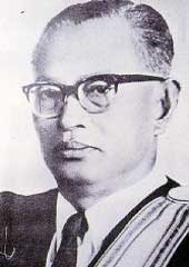 Politician Sanya Dharmasakti - age: 94