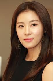 Actress Ji-won Ha - age: 42