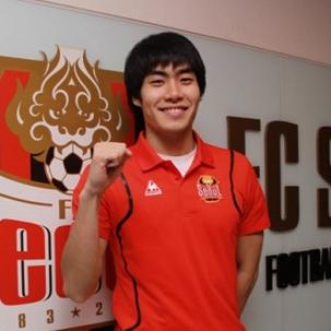 Football player Kim Jin Kyu - age: 35