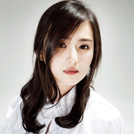 Actress Lee Hee-jin - age: 41