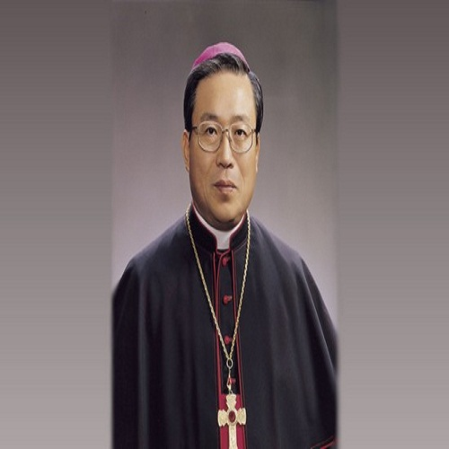 Andrew Yeom Soo-jung - age: 77