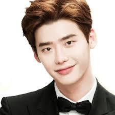 Actor Jong-Suk Lee - age: 28