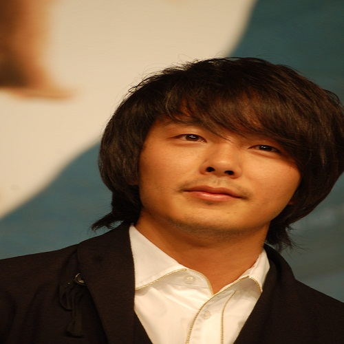 Actor Park Yong-ha - age: 32