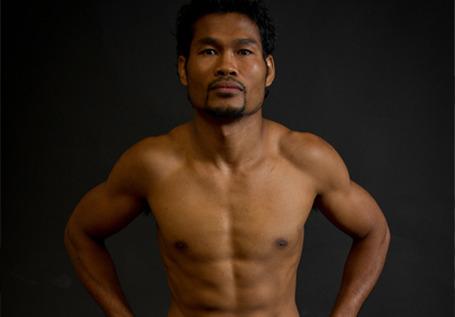 Boxer Yodsanan Sor Nanthachai - age: 46