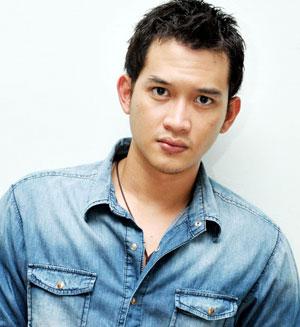 Actor Aditya Rezky - age: 32