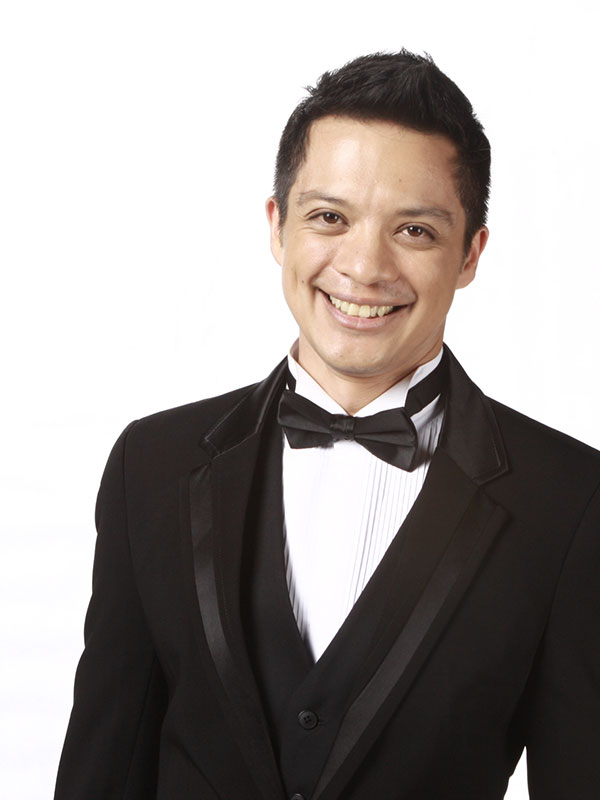 Singer Bamboo Mañalac - age: 43