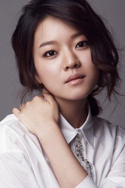 Actress Ah-sung Ko - age: 24