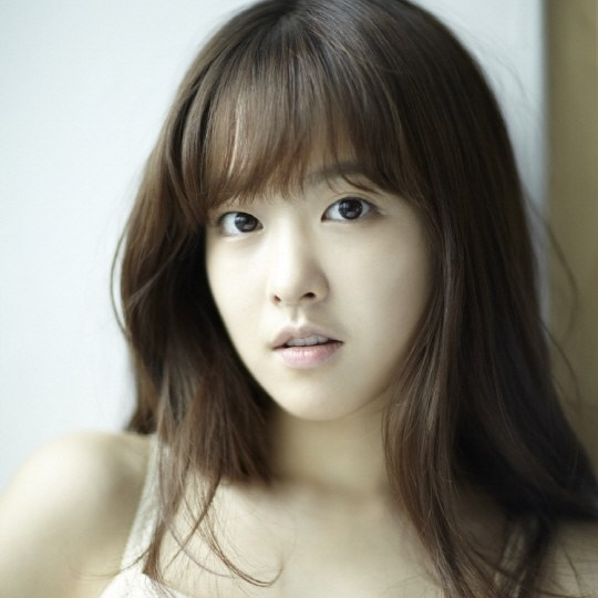 Actress Park Bo-young - age: 27