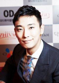 Actor Ji-hun Ju - age: 38