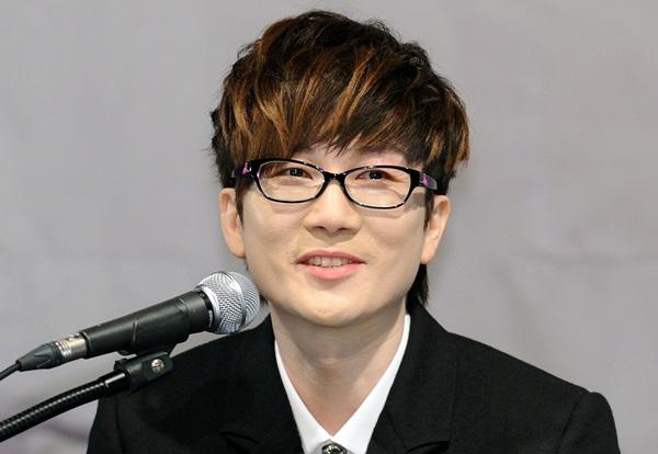 Musician Seo Taiji - age: 45