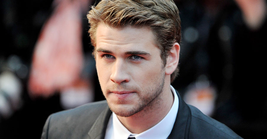 Actor Liam Hemsworth - age: 31