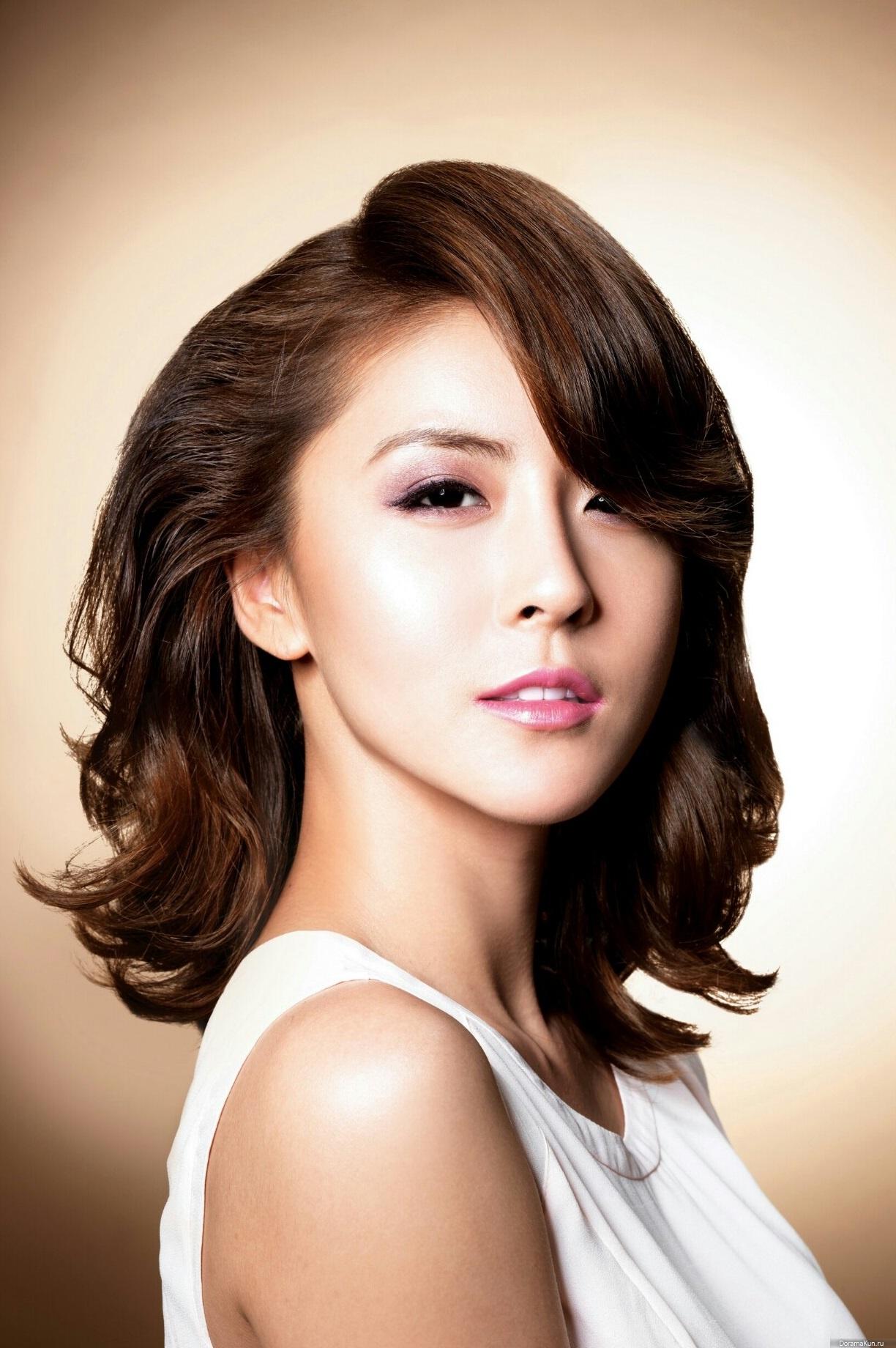 Actress Ye-Sol Jin - age: 36