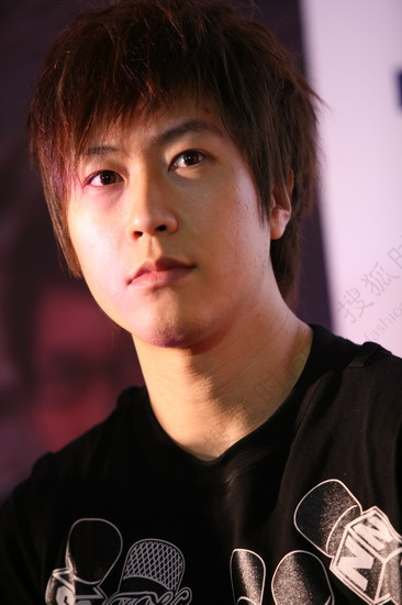 Singer Chen Xinhong - age: 41