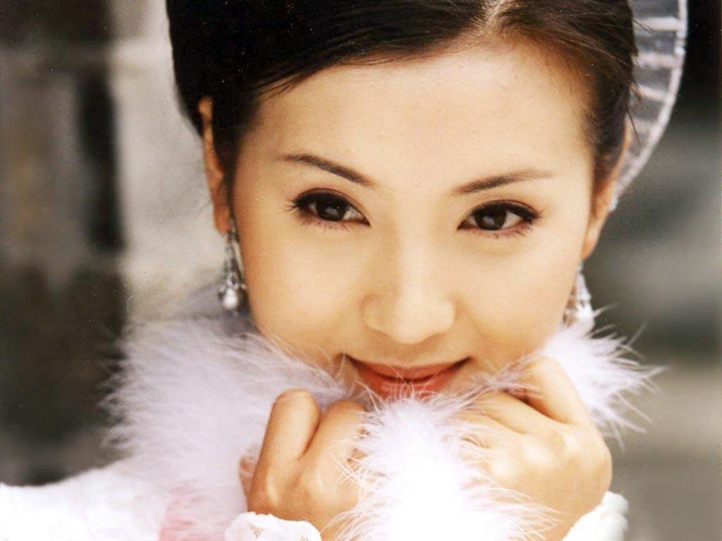 Actress Chen Hao  - age: 38