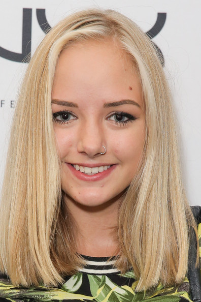 Web Video Star Maddi Bragg - age: 18
