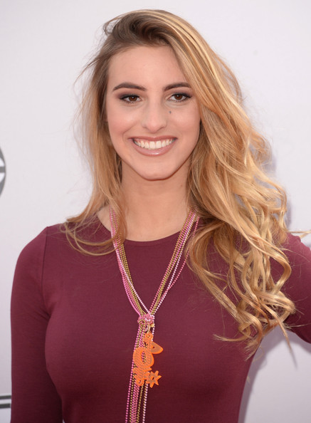 Web Video Star Lele Pons - age: 24