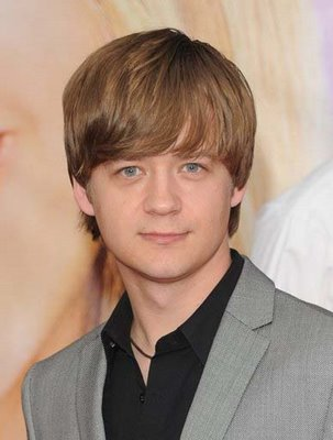 TV Actor Jason Earles - age: 43
