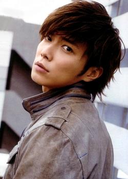 Actor Hiroki Narimiya - age: 35