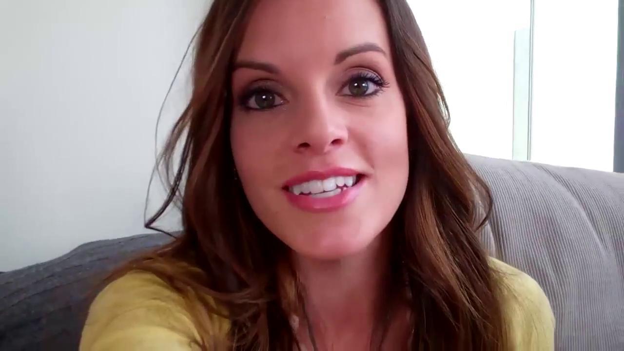 Vlogger Colette Butler - age: 35