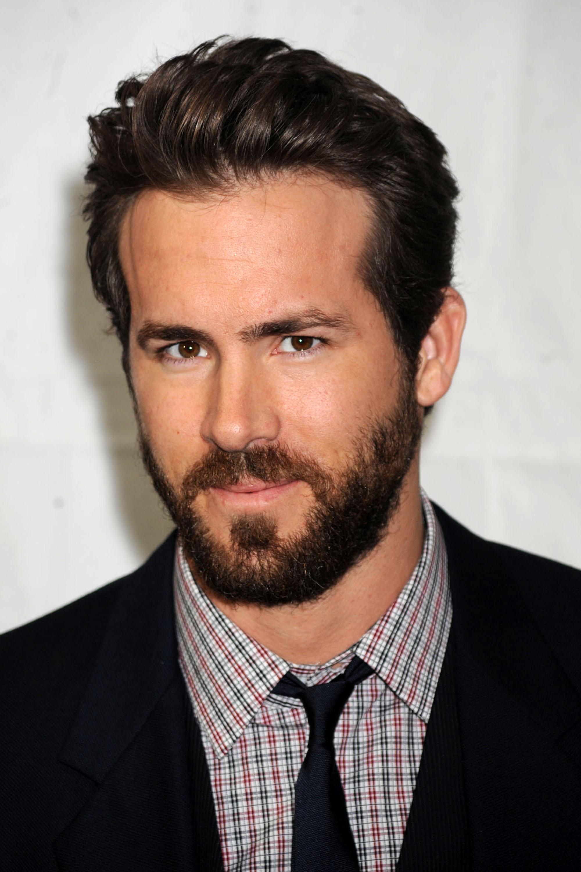 Actor Ryan Reynolds - age: 40