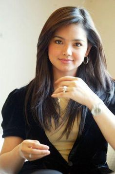 Singer Siti Nurhaliza - age: 42