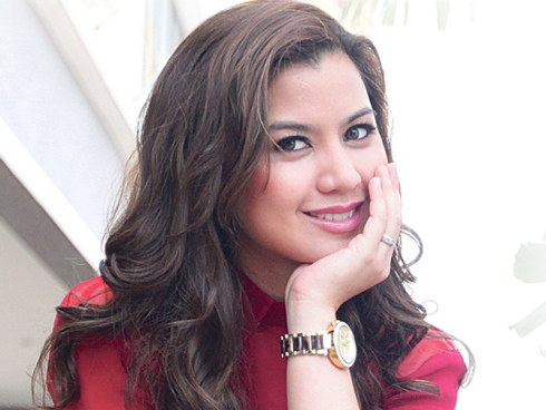 Actress Lisa Surihani - age: 34
