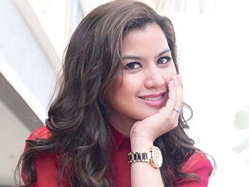 Actress Lisa Surihani - age: 31