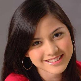 Actress Lisa Surihani binti Mohamed - age: 34