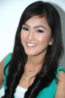 Actress Nurul Elfira Loy - age: 23
