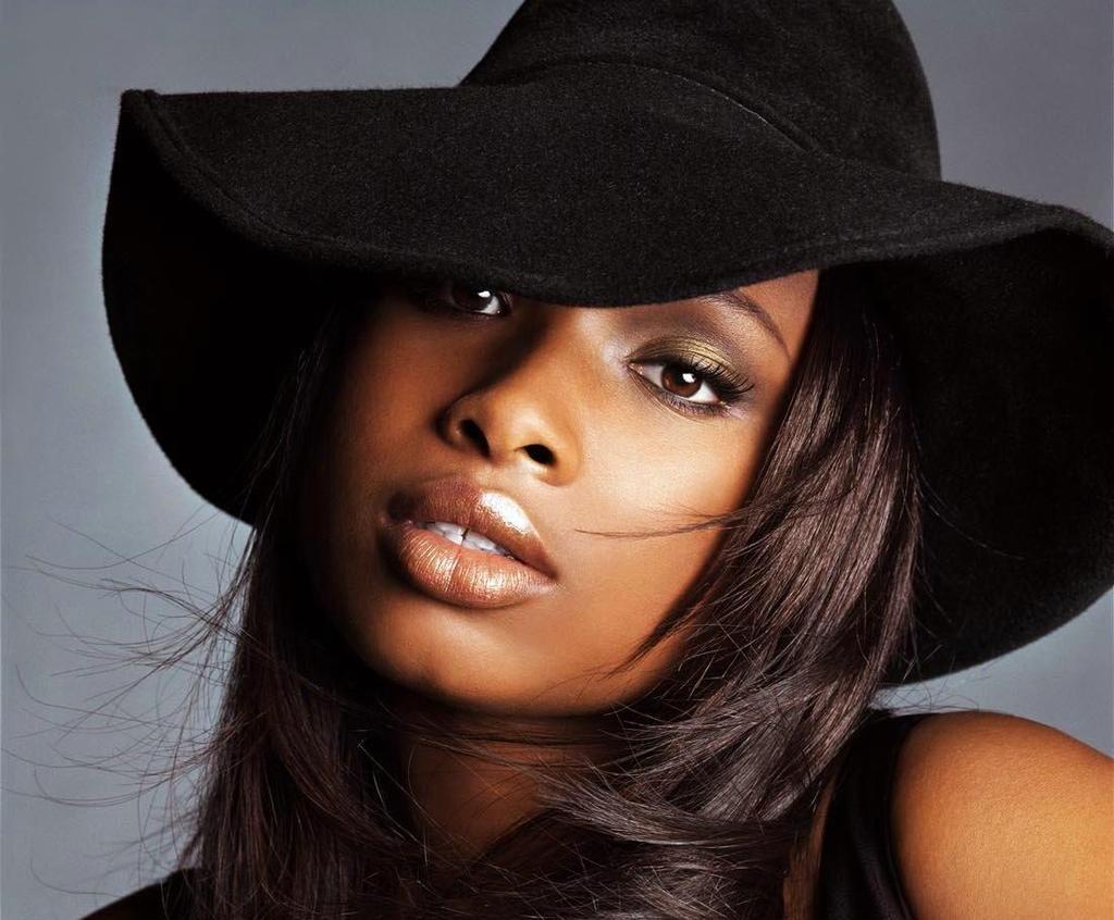 Singer Jennifer Hudson - age: 36